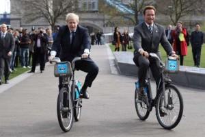 Arnold Schwarzenegger και  Boris Johnson