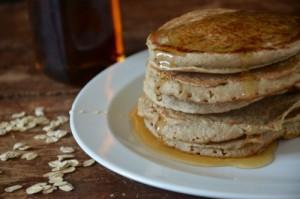 banana_oat_blender_pancakes